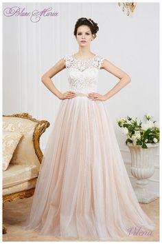 Пышное свадебное платье кружевное капучино