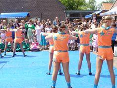 Veel bezoekers genoten van het optreden van Let's Dance