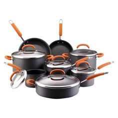 Rachel Ray is a TV celebrity chef who has her own line of cookware. The Rachael Ray Hard Anodized Nonstick Cookware Set, is a cookware. Rachael Ray Cookware Set, Best Nonstick Cookware Set, Pots And Pans Sets, Orange Kitchen, Budget, Pan Set, Cooking Tools, Cooking Utensils, Kitchen Utensils