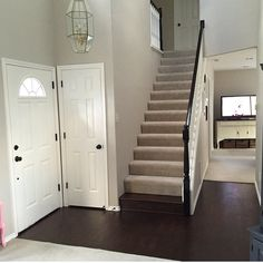 The Wall Color Is Benjamin Moore S Balboa Mist The Trim