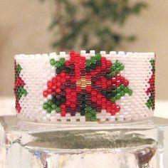 Beaded Poinsettia Tea Light Cover / Napkin Ring Pattern | Bead-Patterns.com