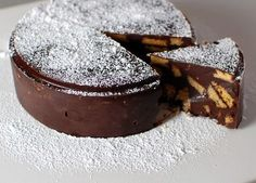 this Vegan Chocolate Biscuit Cake is Royally rich and tasty! Quick and easy, this no bake recipe is perfect for a Royal Wedding Groom's Cake. No Bake Chocolate Cake, Chocolate Biscuit Cake, Vegan Chocolate, Greek Sweets, Greek Desserts, No Bake Desserts, Gatos Cat, Gluten Free Cakes, Frozen Yogurt