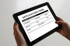 What looks good on a college application, really? Learn the best things to put on your college application to make yourself an appealing applicant. Application Google, College Application, Application Form, Mobile Application, Portal, Tenant Screening, Engineering Jobs, Online Form, Find A Job
