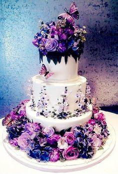 PERFECT CAKE!!!!!!!!!!!!-SO SAYS MEG!