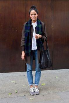 Light denim and sneakers new balance bleu, new balance new balance outfit, New Balance Outfit, Light Denim, Normcore, Love Fashion, Womens Fashion, Estilo Boho, Street Style, Looks Cool, Autumn Winter Fashion