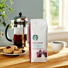 Starbucks uses the highest quality arabica coffee as the base for its espresso drinks. Learn about our unique coffees and espresso drinks today. Starbucks Coupon, Starbucks Store, Starbucks Coffee, Italian Roast, Coffee Flower, Coffee Store, Chocolate Truffles, Nutritious Meals, Coffee Break