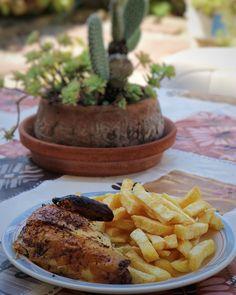 Los domingos en casa de mi suegra son sinónimo de pollo a l'ast y las superpatatas que hace mi suegro. Se que no es muy light  pero está tan rico