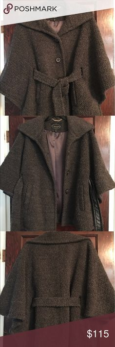 I Madison collection poncho wool jacket! Beautiful fall/winter coat! Resembles one seen in mad men, goes perfect with any outfit and is oversized! 1 Madison Jackets & Coats
