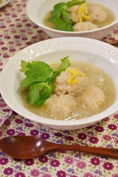 柚子香るれんこん入り鶏団子スープ by ☆ayaka☆ | レシピサイト ...