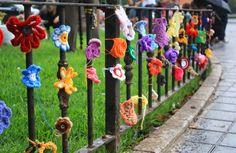 The Crafty Room: La acción 8 Años Tejiendo Esperanza con la Asociación de Víctimas del Metro del 3 de Julio