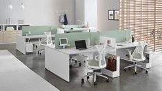 Layout Studio is an ideal home base within the workplace. This office benching integrates an ergonomic desk with accessories and storage. Interior Design Images, Office Interior Design, Office Interiors, Herman Miller, White Desk Top, Sayl Chair, Desk Dividers, Cool Office Space, Office Desk