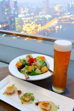 LeVeL33, the World's Highest Urban Craft-brewery is a new concept which presents an unparalleled dining experience complete with one of the best views of Singapore's Marina Bay and city skyline. Residing in the penthouse of Asia's best business address™, the Marina Bay Financial Centre (MBFC), LeVeL33 is the epitome of urban penthouse dining.
