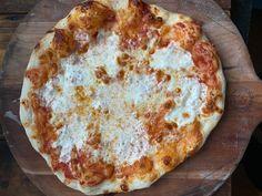 I Want Pizza Tonight Dough Recipe Pizza Recipes, Baking Recipes, Bread Recipes, Appetizer Recipes, Appetizers, I Want Pizza, Making Homemade Pizza, Italian Dishes, Italian Recipes