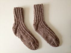 knit ribbed socks - pdf pattern