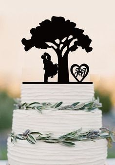 Personalized wedding cake topper,tree wedding, bride and groom with he – DokkiDesign