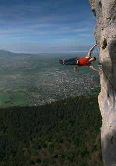 """""""Hoch hinaus"""" - so betitelt Franklotus seinen Schnappschuss während einer atemberaubenden Klettertour in Österreich. https://contest.cewe-fotobuch.de/sport-2016/photo/hoch-hinaus-28"""