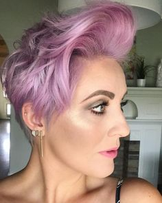 Grey Pixie Hair, Short Grey Hair, Short Hair Cuts, Short Hair Styles, Pixie Hairstyles, Pixie Haircut, Latest Short Haircuts, Grey Hair Inspiration, Gray Hair Growing Out