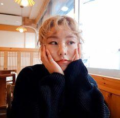 t> mamamoo cute Kpop Girl Groups, Kpop Girls, K Pop, Wheein Mamamoo, Daejeon, Sistar, Kpop Aesthetic, Dog Supplies, Chanbaek