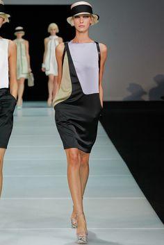 Emporio Armani Spring 2012 Ready-to-Wear Fashion Show - Irina Lysogor