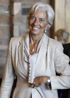 IMF chief Christine Lagarde urges U. French Girl Style, French Chic, Fashion Over 50, Grey Fashion, Christine Lagard, Beautiful Women Over 50, Business Outfits Women, Advanced Style, Glamour