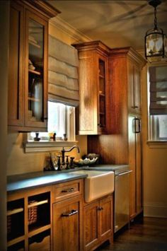 Beautiful Quarter sawn oak cabinets Butlers Pantry - eclectic - kitchen - new york - by CCS Woodworks Inc. Hickory Cabinets, Farmhouse Kitchen Cabinets, Craftsman Kitchen, Kitchen Cabinet Design, Modern Kitchen Design, Interior Design Kitchen, Kitchen Wood, 10x10 Kitchen, Kitchen Grey