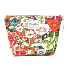 """#ValereRene Large Insulated Cosmetic Bag: Your favorite cosmetic bag now comes with a wipe-able liner!  It's the same size as the large bag in the travel trio set, but now lined and sold separately.  $40.00 each.  8"""" H x 12"""" L x 4"""" W   #ShopBellis #ShopBellisBoutique #BellisBoutique #GardenParty #Floral #LargeMakeupBag"""