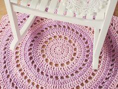 How To Crochet a Gorgeous Mandala Floor Rug