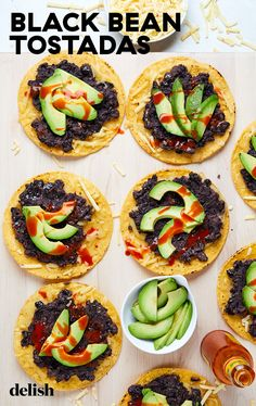 With only 5 ingredients these black bean tostadas are the easiest and fastest meal to throw together. Bean Recipes, Side Dish Recipes, Veggie Recipes, Mexican Food Recipes, Cooking Recipes, Mexican Dinners, Veggie Meals, Healthy Recipes, Cooking Ideas