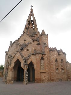 Vistabella Church, Tarragona, 1918-1924,  Josep Maria Jujol South Spain, Water For Health, Houses Of The Holy, Places In Spain, Church Pictures, Andalusia Spain, Sand Sculptures, Cathedral Church, Old Churches