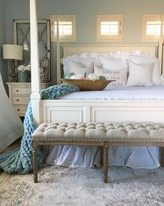 """1,123 Likes, 7 Comments - DECORSTEALS.COM (@decorsteals) on Instagram: """"Happy Saturday friends❄️how could this bedroom by @desertdecor be any better?! #todaysdeal is…"""""""