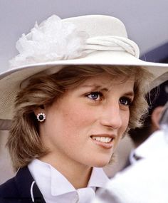 Princess Diana is pictured in Hong Kong in 1989, wearing a pearl and diamond tiara that was a wedding gift from the Queen  Catherin...