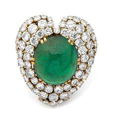 A DIAMOND, EMERALD AND YELLOW GOLD PENDANT BROOCH BY BELPERRON, CIRCA 1960