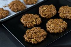 4 måder til at tabe sig med havregryn - Food Cakes, Diet Recipes, Cake Recipes, Healthy Recipes, Oats Diet, Oatmeal Cookies, Healthy Baking, Deserts, Clean Eating