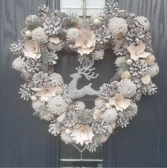 These Elegant Christmas Wreaths Are What You Need For Your Front Door in 2020 Xmas Wreaths, Christmas Decorations, Holiday Decor, Elegant Christmas, Cottage, Doors, Home Decor, Classy Christmas, Decoration Home
