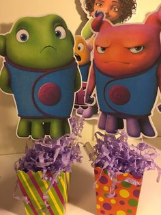 Dreamworks Home Centerpiece qty: 1 by AddyBugs on Etsy It's Your Birthday, 2nd Birthday Parties, Birthday Party Decorations, Party Themes, Party Ideas, Dreamworks Home, Home Themes, Movie Party, Naive