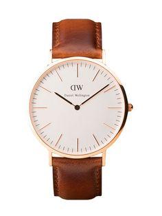 Daniel Wellington Mens 40 MM Classic St. Andrews Watch