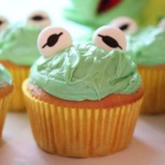 Kermit The Frog Cupcakes Recipe inspired by The Muppets