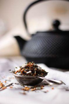 Genmaicha :: green tea with roasted rice
