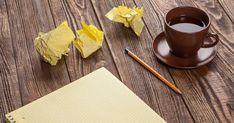 Jos haaveilet kirjan tai vaikka runojen kirjoittamisesta, tämä teksti auttaa voittamaan pari alkuhankaluutta. Katrin vinkkejä voi soveltaa myös moneen muuhunkin luovuuden herättelyä vaativaan puuhaan. Writer, Anna, Tableware, Dinnerware, Writers, Tablewares, Dishes, Authors, Place Settings