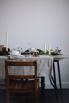 FESTIVE TABLE STYLING – A CHRISTMAS AFTERNOON TEA
