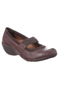 Hush Puppies Motility Shoes In Dark Brown Leather - $69.99 http://www.beyondtherack.com/member/invite/B4736765