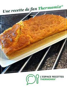 """Merveilleux pain de poisson express """"Micheline"""" par docjeje86. Une recette de fan à retrouver dans la catégorie Entrées sur www.espace-recettes.fr, de Thermomix<sup>®</sup>. Beignets, Flan, Mousse, Entrees, Banana Bread, French Toast, Food And Drink, Cake, Breakfast"""
