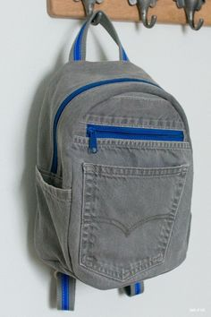 DIY Denim kleiner Rucksack – denim kleiner rucksack – new Diy Bags Jeans, Diy Jeans, Recycle Jeans, Diy Denim, Recycled Denim, Denim Bag, Toddler Backpack, Small Backpack, Jean Diy