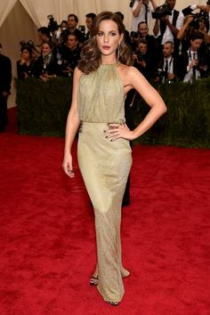 Kate Beckinsale in Diane von Furstenberg at the 2015 Met Ball // #style
