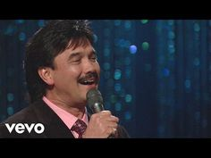 Bill & Gloria Gaither - Thank You [Live] ft. Ivan Parker - YouTube