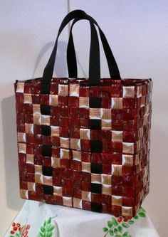 Coffee Can Crafts Info: 3278772952 Coffee Can Crafts, Chocolate Potato Chips, Nitro Coffee, Candy Wrappers, Coffee Pods, Beaded Bags, Weaving, Tote Bag, Recycling