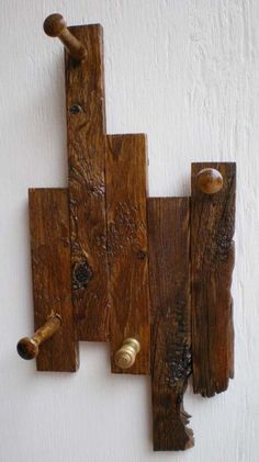 1000 images about wood pallet crafts on pinterest for S hooks for crafts