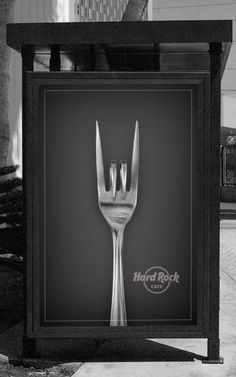 Hard Rock Cafe Billboard - fits two images into one, the 'horns' known in the Rock genre and the fork typical for a restaurant as it's an advertisement for Hard ROCK CAFÉ Bus Stop Advertising, Creative Advertising, Print Advertising, Guerrilla Advertising, Print Ads, Hard Rock, Rock Rock, Billboard Design, Web Design Agency