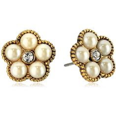 Marc Jacobs Flower Pearl Stud Earrings (79 CAD) ❤ liked on Polyvore featuring jewelry, earrings, marc jacobs earrings, marc jacobs jewelry, marc jacobs jewellery, flower stud earrings and white pearl stud earrings