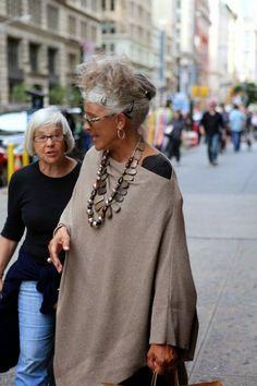Orta Yaşlı Kadınlar Nasıl Giyinmeli   MODA VE GÜZELLİK SOKAĞI